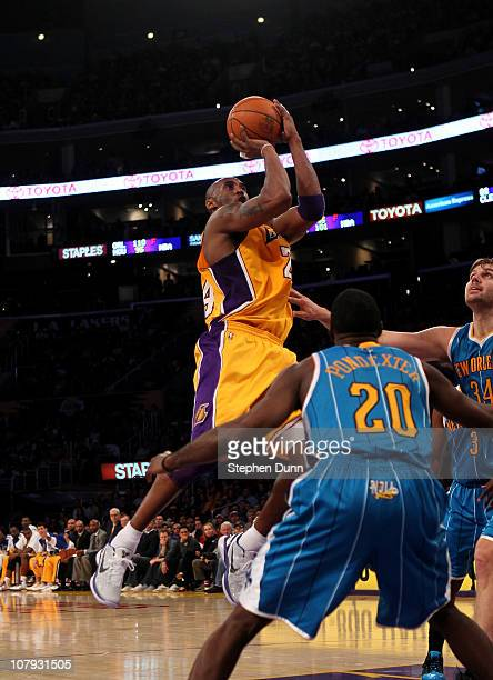Kobe Bryant of the Los Angeles Lakers makes a jumps shot against the New Orleans Hornets to move him ahead of Oscar Robertson into ninth place on the...