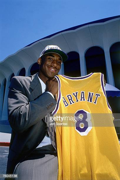 Kobe Bryant of the Los Angeles Lakers poses for a photo outside the Great Western Forum in Inglewood, California. NOTE TO USER: User expressly...