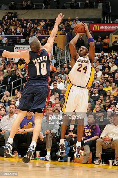 Kobe Bryant of the Los Angeles Lakers shoots a jumper against Anthony Parker of the Cleveland Cavaliers during the game on December 25, 2009 at...