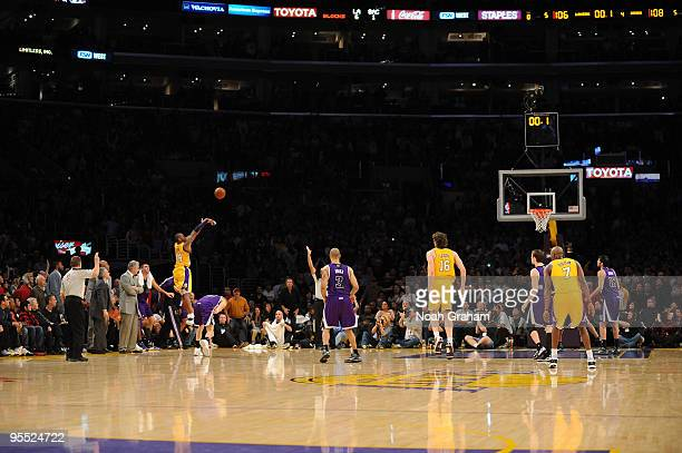 Kobe Bryant of the Los Angeles Lakers shoots a lastsecond shot to defeat the Sacramento Kings 109108 at Staples Center on January 1 2010 in Los...