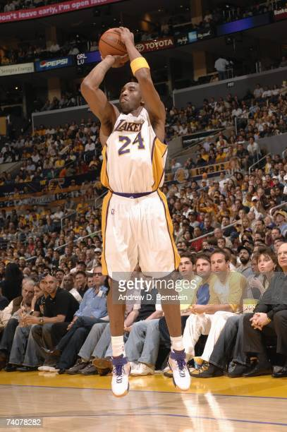 Kobe Bryant of the Los Angeles Lakers shoots against the Phoenix Suns in Game Four of the Western Conference Quarterfinals during the 2007 NBA...
