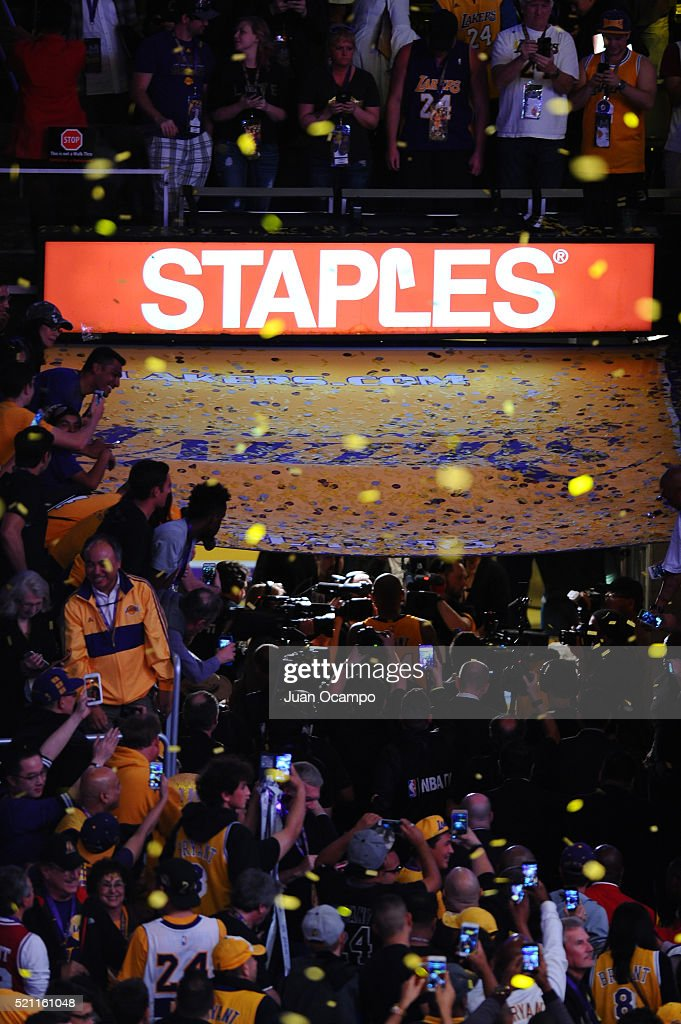 Kobe Bryant of the Los Angeles Lakers walks into the tunnel