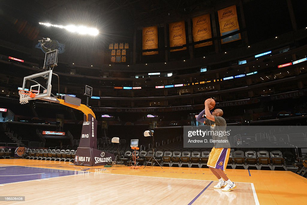 Kobe Bryant #24 of the Los Angeles Lakers warms up before the game against the Minnesota Timberwolves at Staples Center on February 28, 2013 in Los Angeles, California.