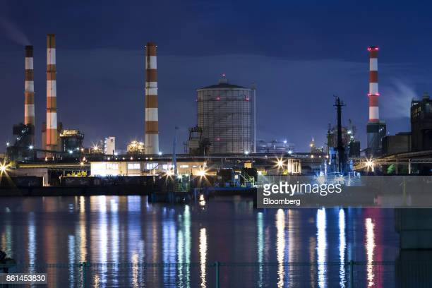 A Kobe Steel Ltd plant stands illuminated at night in Kakogawa Hyogo Japan on Saturday Oct 14 2017 Kobe Steel's fake data scandal expanded to its...