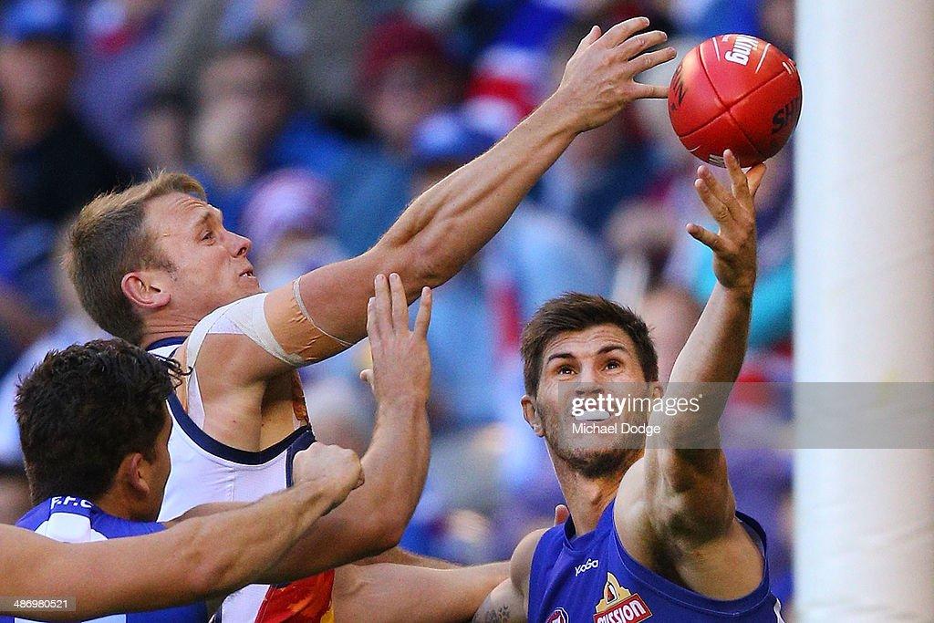 AFL Rd 6 - Western Bulldogs v Adelaide