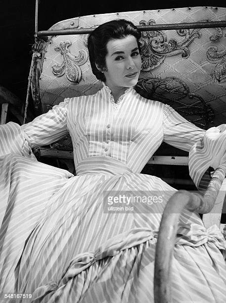 Koch Marianne Actress physician Germany * Scene from the movie 'Königswalzer' Directed by Viktor Tourjansky West Germany 1955 Produced by...