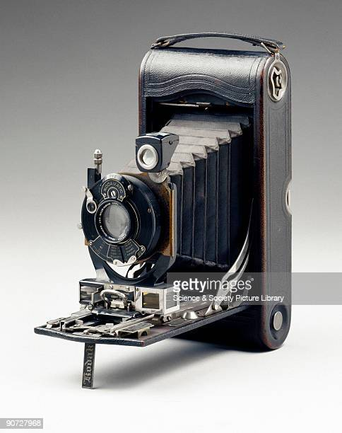 Kodak introduced their first folding pocket camera in 1897 This was the first of what was to become a very popular range of folding rollfilm cameras...