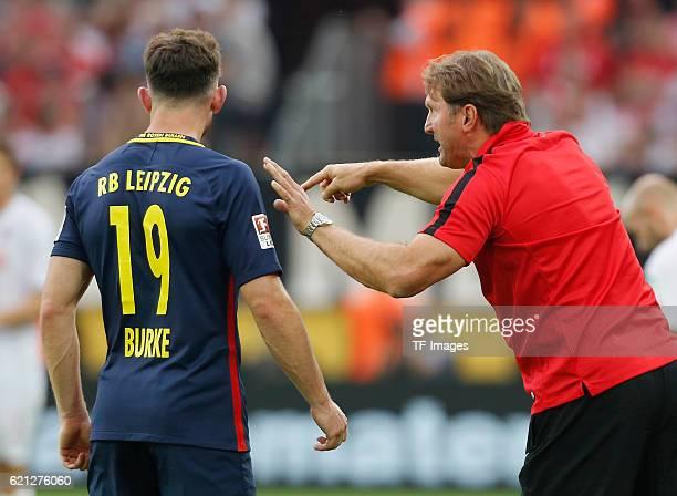 Koeln, Germany , 1. Bundesliga 5. Spieltag, 1. FC Koeln - RB Leipzig , Cheftrainer Ralph Hasenhuettl neben Oliver Burke.