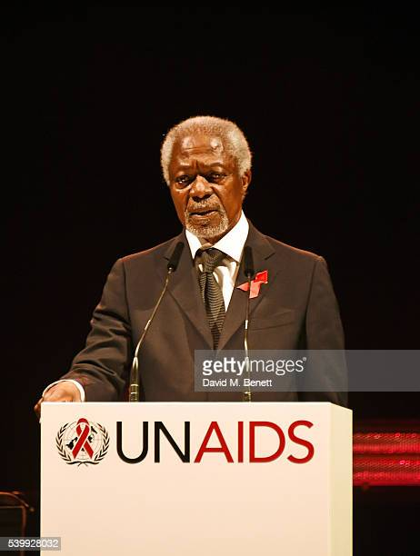 Kofi Annan speaks on stage at the UNAIDS Gala during Art Basel 2016 at Design Miami/ Basel on June 13 2016 in Basel Switzerland