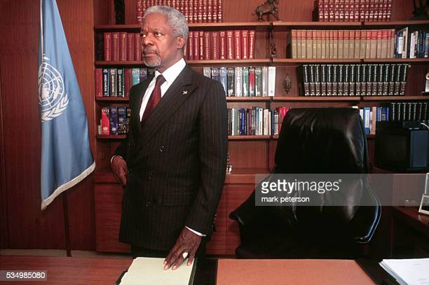 Kofi Annan the United Nations Secretary General in his office Photo by Mark Peterson/Corbis SABA