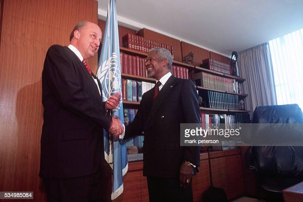 Kofi Annan the United Nations Secretary General with United States Ambassador to the UN John Negroponte in his office Photo by Mark Peterson/Corbis...