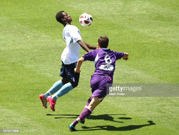 Kofi Danning of Sydney controls the ball during the round 10 Youth League match between Sydney FC and the Perth Glory at WIN Stadium on November 20...