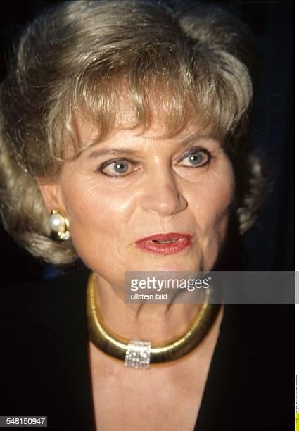 Kohl Hannelore * Dolmetscherin D Ehefrau von Helmut Kohl Bundeskanzler 19821998 Portrait Oktober 1999