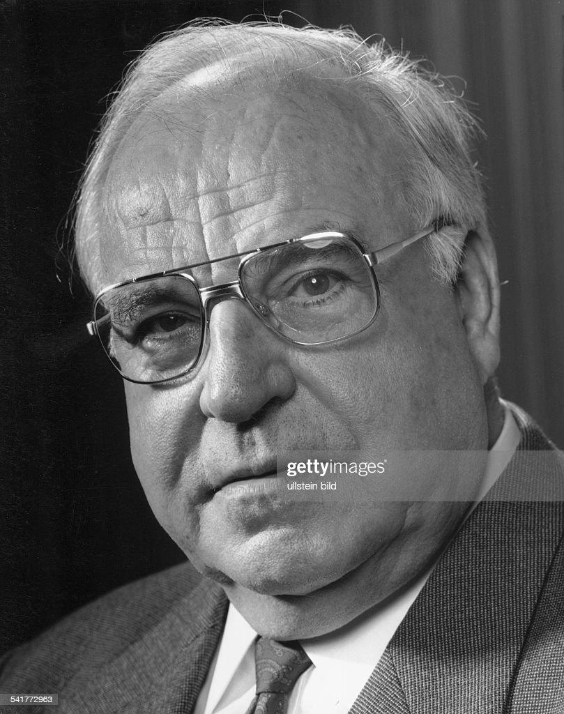 Kohl, Helmut *-Politician (CDU), GermanyGerman Chancellor 1982-1998Portrait- phtographer: Paul Swiridoff