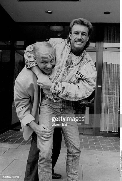 Kohl KlausPeter Boxing Promoter Germany posing with boxer Rene Weller