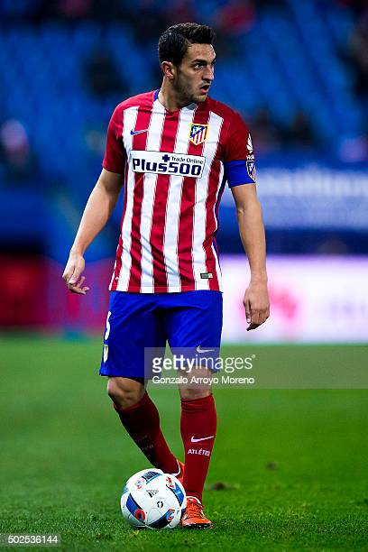 Koke of Atletico de Madrid controls the ball during the Copa del Rey Round of 32 match between Club Atletico Madrid and CF Reus Deportiu at Vicente...
