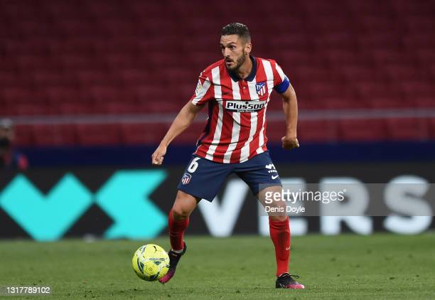 Koke of Atletico de Madrid controls the ball during the La Liga Santander match between Atletico de Madrid and Real Sociedad at Estadio Wanda...