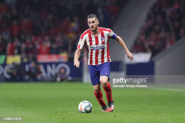 Koke of Atletico de Madrid controls the ball during the Liga match between Club Atletico de Madrid and Villarreal CF at Wanda Metropolitano on...