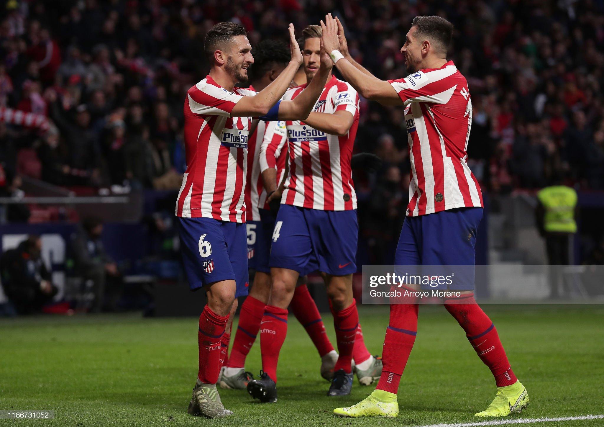 ¿Cuánto mide Héctor Herrera? - Altura - Página 2 Koke-of-atletico-madrid-celebrates-with-teammates-after-scoring-his-picture-id1186731052?s=2048x2048