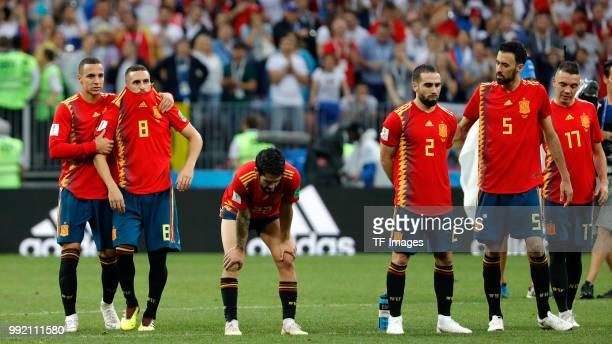 Koke Resurreccion of Spain Rodrigo Moreno of Spain Isco Alarcon of Spain Dani Carvajal of Spain and Sergio Busquets of Spain look on during the 2018...