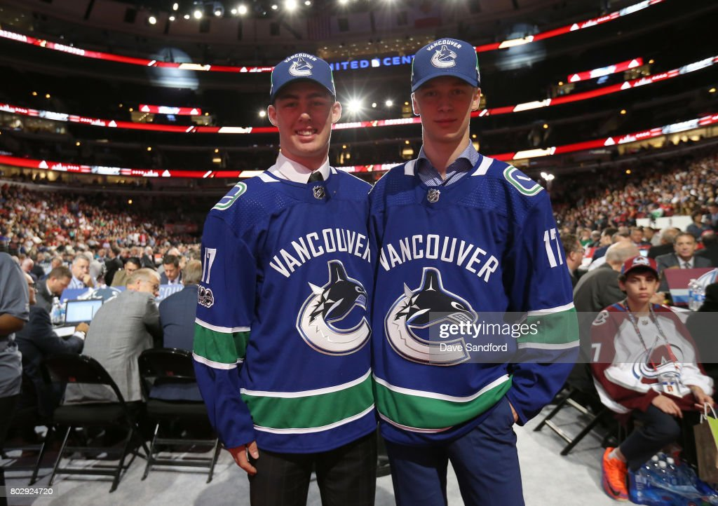 Kole Lind (L) 33rd overall pick by the Vancouver Canucks poses with Elias Pettersson (R), fifth overall pick, during the 2017 NHL Draft at United Center on June 24, 2017 in Chicago, Illinois.