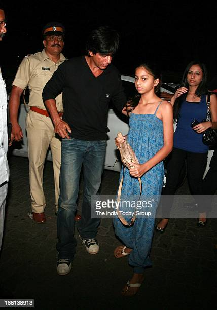 Kolkata Knight Rider's owner Shah Rukh Khan and daughter Suhana arrive outside a Bandra hotel for their team's victory party on May 4th 2013