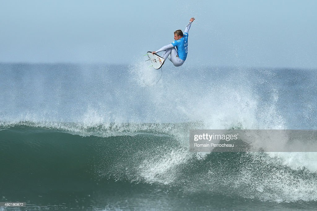 Quiksilver Surf Pro-Competition In Hoosegor