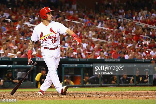 Kolten Wong of the St Louis Cardinals hits a walkoff home run in the ninth inning against the Pittsburgh Pirates at Busch Stadium on July 8 2014 in...