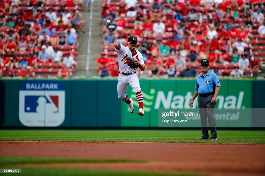 Kolten Wong #16 of the St. Louis Cardinals throws against the Atlanta Braves at Busch Stadium on July 1, 2018 in St. Louis, Missouri.