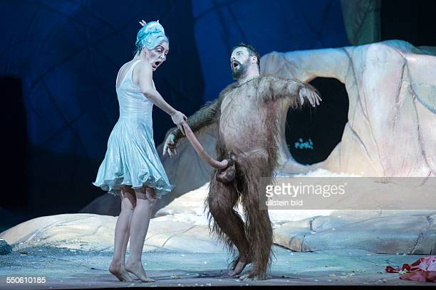 Komische Oper Berlin A Midsummer Night's Dream by Benjamin Britten and Peter Pears based on the play by William Shakespeare Opening night Scene with...
