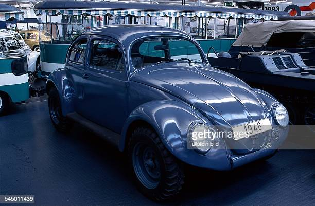 Kommandowagen mit Vierradantrieb von 1946bei einer Autoausstellung 1998