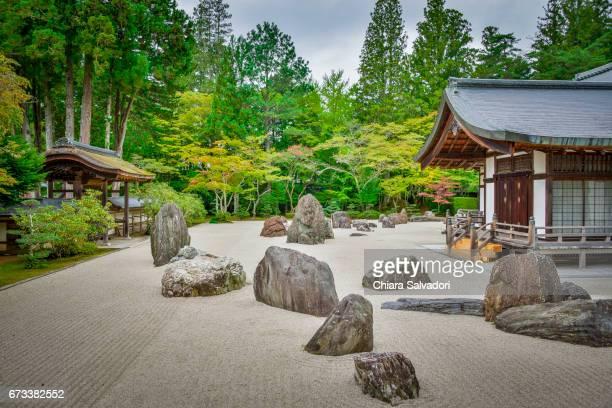 kongōbu-ji temple on mount kōya, japan - koyasan stock-fotos und bilder