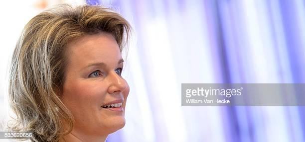 Koningin Mathilde neemt deel aan de Week van de Zorg in SintLodewijk vzw te Wetteren SintLodewijk biedt aangepast onderwijs en/of begeleiding aan op...