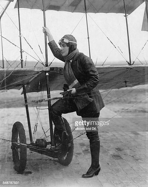 Konstantin Leopoldine Actress Austria *12031886 leaning on a biplane wearing aviator clothing and pilot glasses 1916 Photographer Zander Labisch...