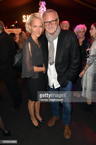 Konstantin Wecker and his wife Annik Wecker during the VIP premiere of Schuhbecks Teatro at Spiegelzelt on October 25 2018 in Munich Germany