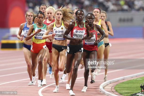 Konstanze Klosterhalfen of Germany and Margaret Chelimo Kipkemboi of Kenya compete in the Women's 5000m race during day six of 17th IAAF World...