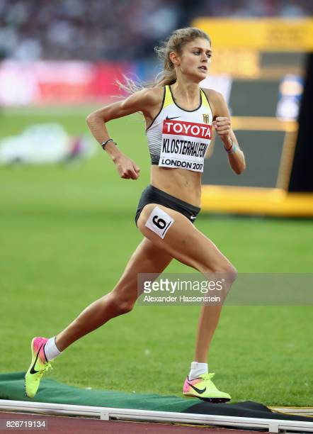 Konstanze Klosterhalfen of Germany in action during the Women's 1500 metres semi final during day two of the 16th IAAF World Athletics Championships...