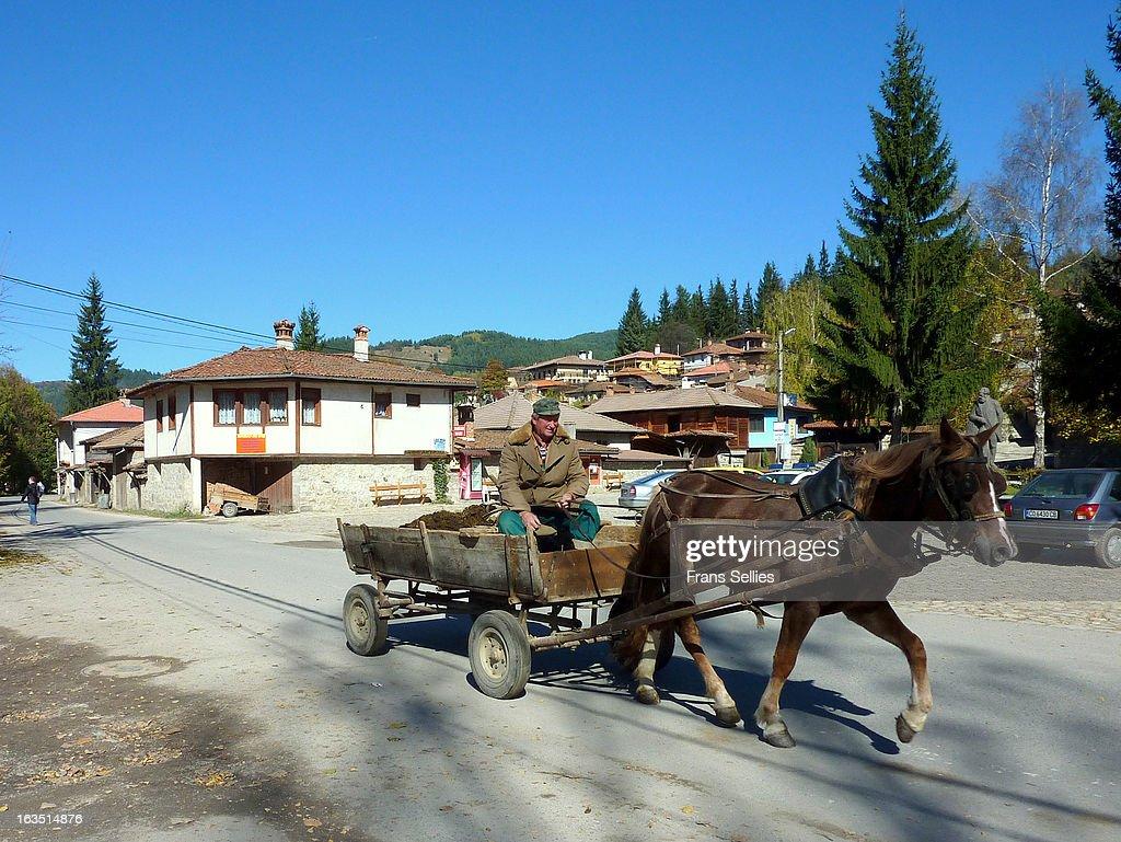 Local transport in Koprivshtitsa, Bulgaria : Nieuwsfoto's