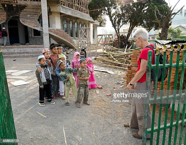 koran school students welcoming a tourist - kid middle finger stock pictures, royalty-free photos & images