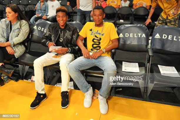 Koraun Mayweather and Zion Mayweather attend a basketball game between the Los Angeles Lakers and the New Orleans Pelicans at Staples Center on...