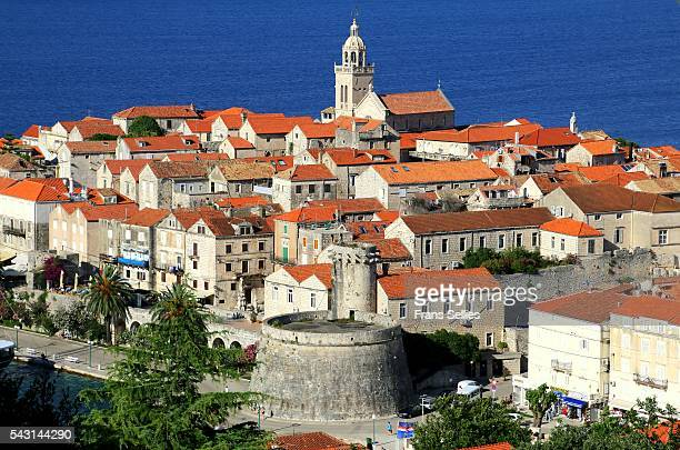 korcula, view of the fortified town, dalmatia, croatia - frans sellies stockfoto's en -beelden