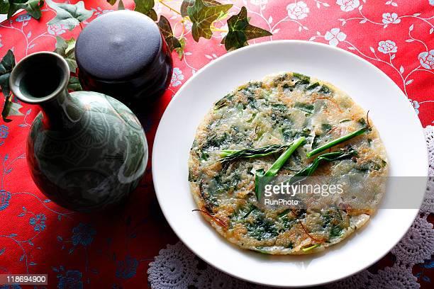 korea food,buchimgae(vegetable pancakes) - 韓国文化 ストックフォトと画像