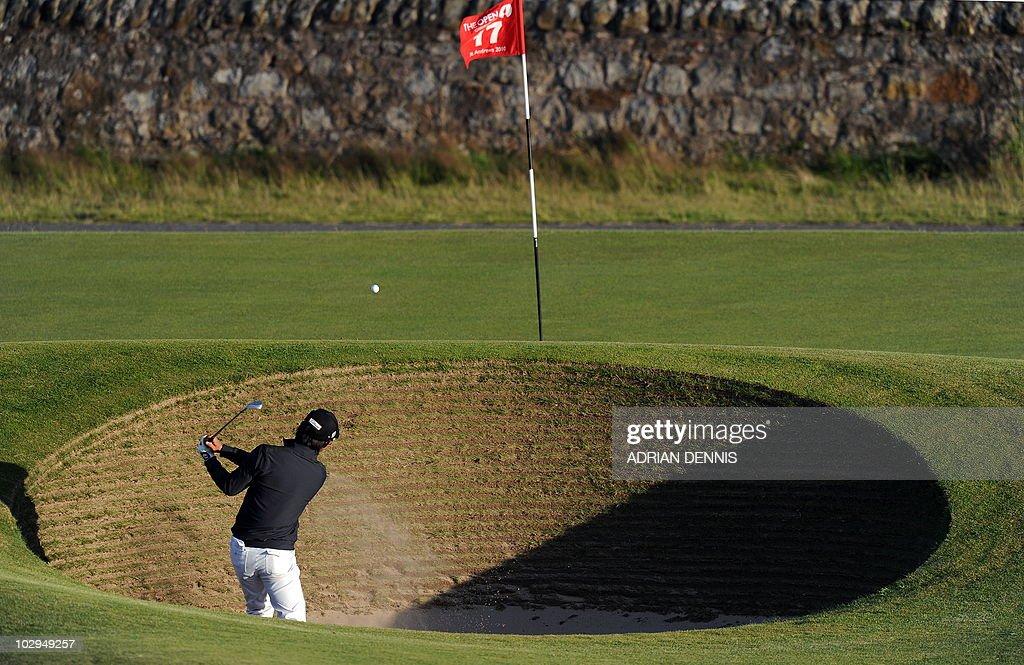 Korean amateur golfer Jeong Jin plays ou : News Photo