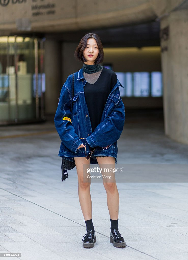 Street Style - HERA Seoul Fashion Week - Day 4 : News Photo