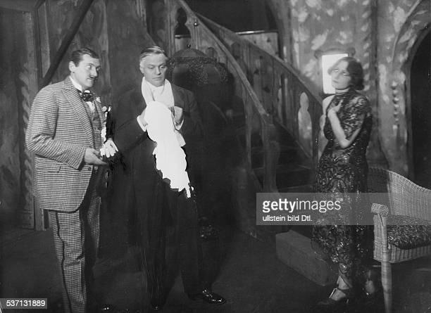 Kortner Fritz Schauspieler Regisseur Oesterreich Ernst StahlNachbaur FK und Pamela Wedekind in 'Marcell Fradelin' 1928