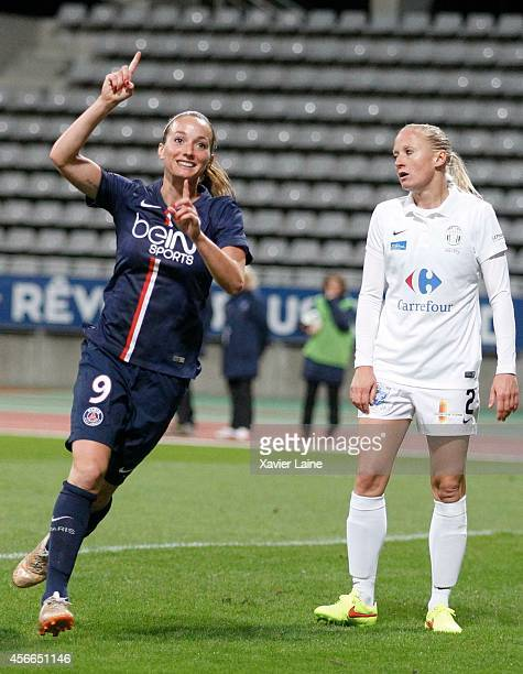 Kosovare Asllani of Paris SaintGermain celebrates his goal during the Women Division 1 between Paris SaintGermain FC and FCF Juvisy Essonne at...
