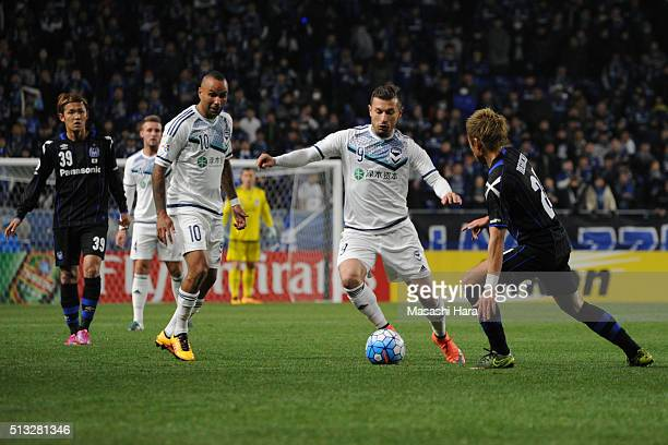 Kosta Barbarouses of Melbourne Victory in action during the AFC Champions League Group G match between Gamba Osaka and Melbourne Victory at Suita...