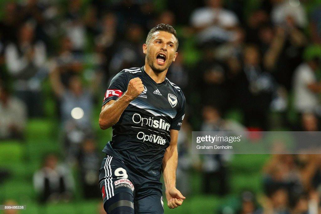 A-League Rd 13 - Melbourne v Newcastle : News Photo