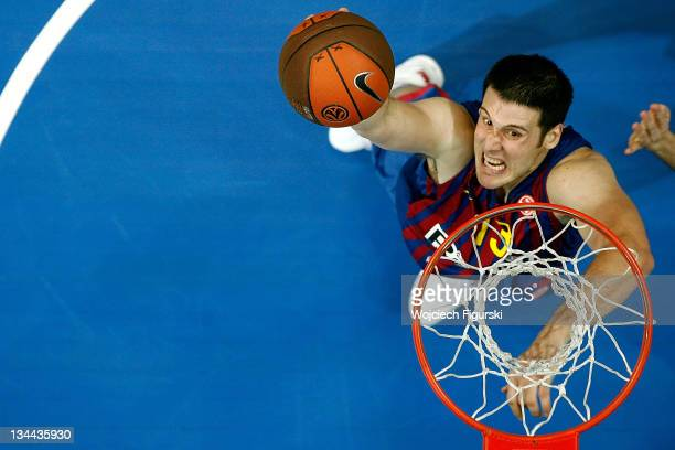 Kosta Petrovic of FC Barcelona Regal in action during the 2011-2012 Turkish Airlines Euroleague Regular Season Game Day 7 between Asseco Prokom...
