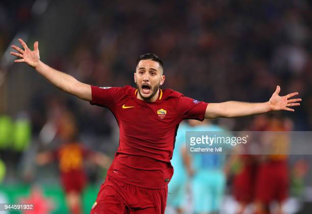 Kostas Manolas of AS Roma celebrates the win after the UEFA Champions League Quarter Final Leg Two between AS Roma and FC Barcelona at Stadio...
